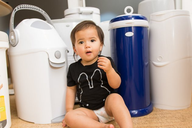 Purchase Best Quality Diaper Pail for your little ones from Munchkin